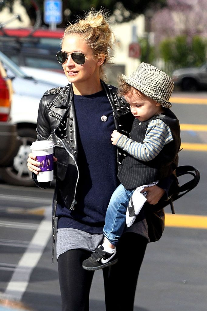 Nicole Richie and son