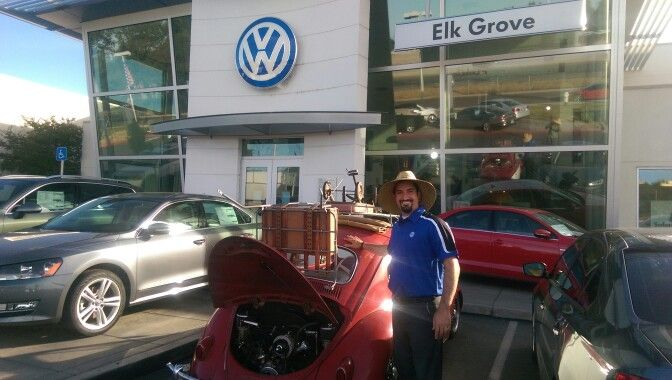 Elk Grove Vw >> Elk Grove Vw Sales Manager Sammy In Proper Attire Vw