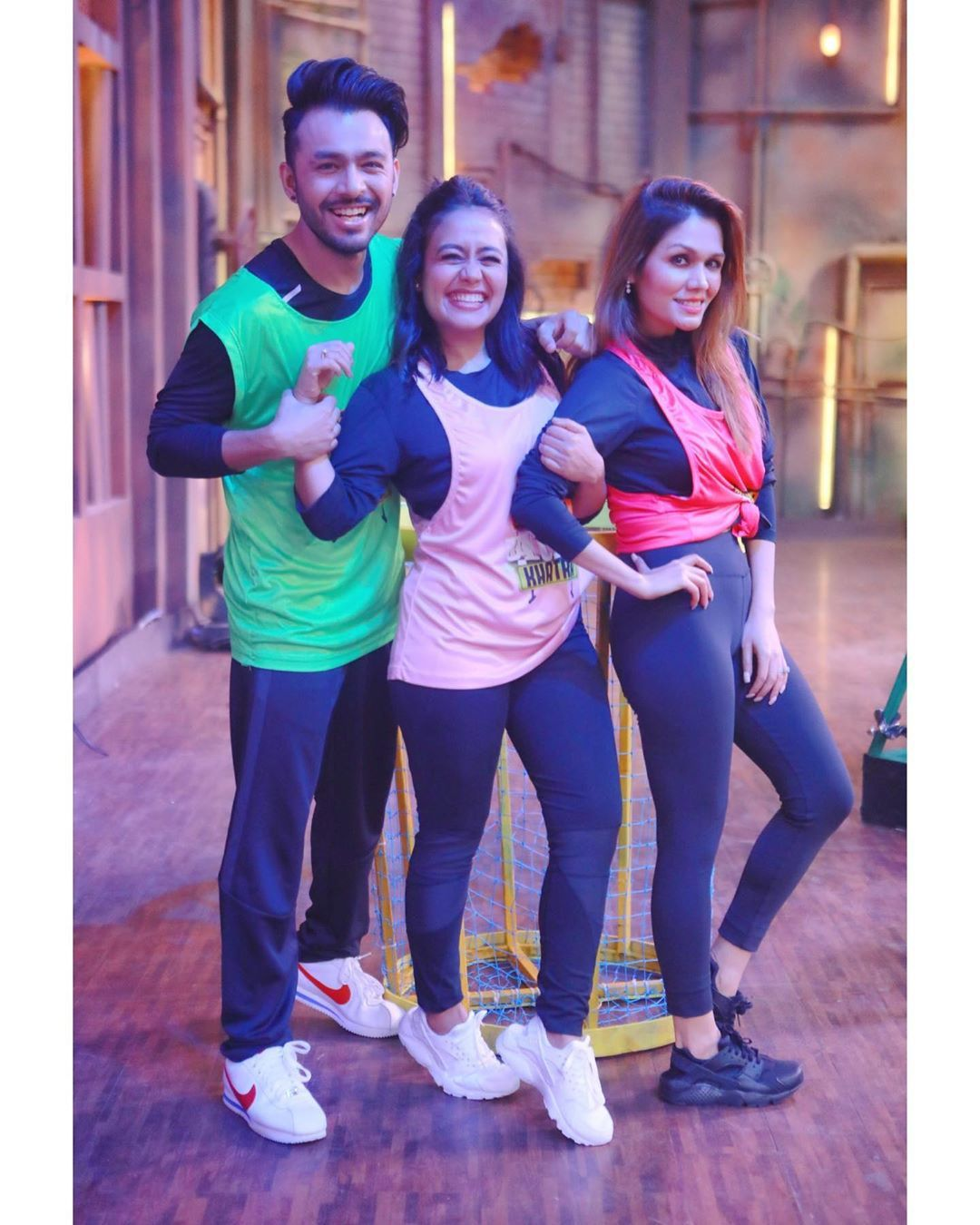 Image May Contain One Or More People And People Standing Stylish Girls Photos Short Girl Fashion Neha Kakkar Dresses