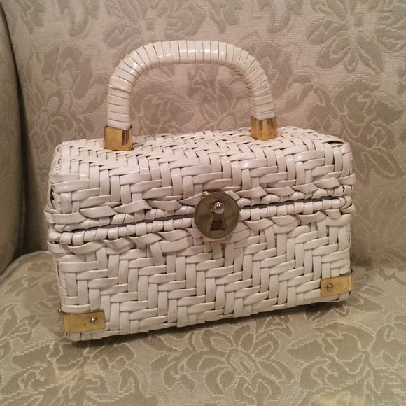 Vtg Basket Purse Peck Fifth Avenue Gold Closure Is Worn And A Little Loose