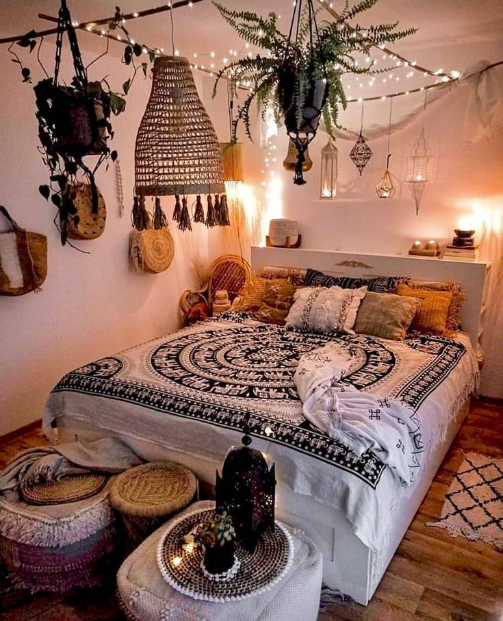 Awesome Bohemian Bedroom Designs and Decor | Bohemian Style Ideas T #bohemianbedrooms