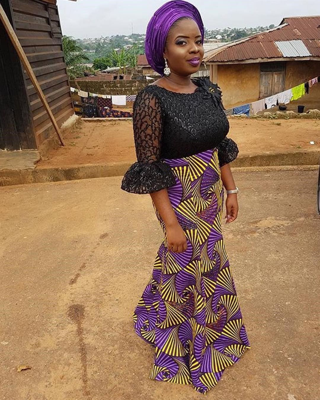 There are many ways to make yourself look fabulous with an aso ebi styleNigerian Yoruba dress styles , Even if you are reasoning on what to create and slay with an aso ebi style. Asoebi style for weekends come in a lot of patterns and designs.   The Ankara dress styles beauty of this print is that it comes in many designs and textures. Ankara will allow you make a be the same of any cloth without losing the Ankara dress styles flair. #nigeriandressstyles