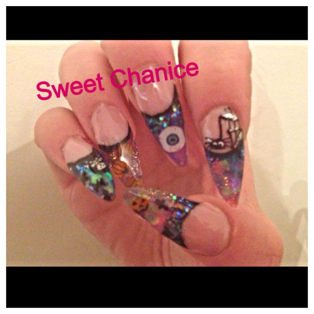 Halloween nails 👻 | Halloween nails, Nail art stripes ...