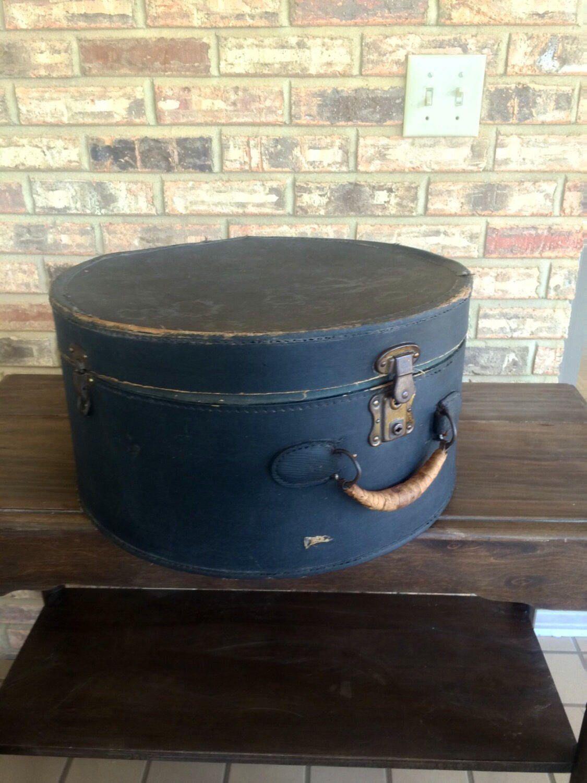 Antique Hat Box Vintage Train Case Excelsior Stanford Etsy Vintage Train Case Antique Hats Hat Box