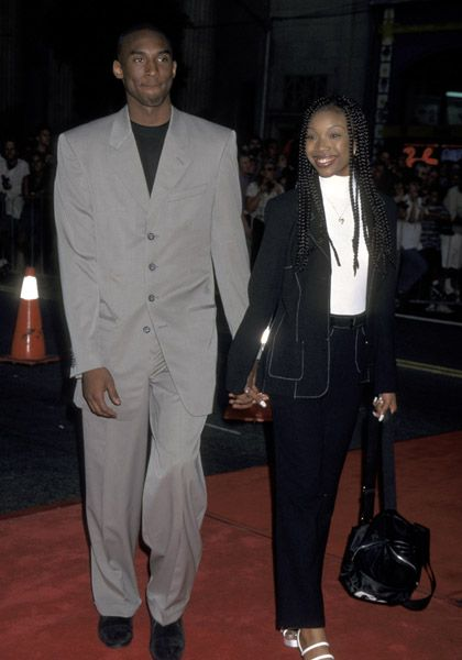 Brandy Prom With Kobe Brandy Norwood Recounts Her Prom Date With Kobe Bryant Fainting The 90s Fashion Brandy Norwood Fashion
