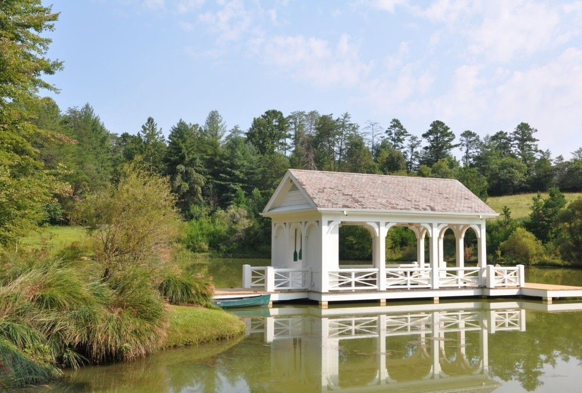 Blackberry Farms Boathouse