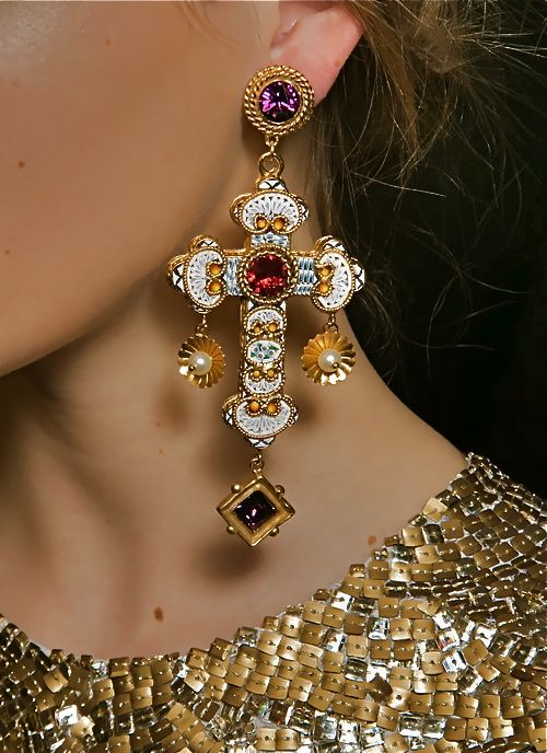 dolce gabbana cross earrings
