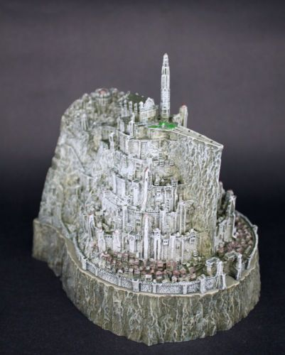 Nice The Hobbit Cosplay Minas Tirith City Mini Figure Cosplay Ashtray Girl Friend Gift Collection Gift Drop Ship Big Clearance Sale Costumes & Accessories Costume Props