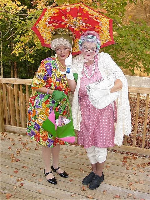 Funny Old Ladies Friends - Google Search  Funny Ladies -7883