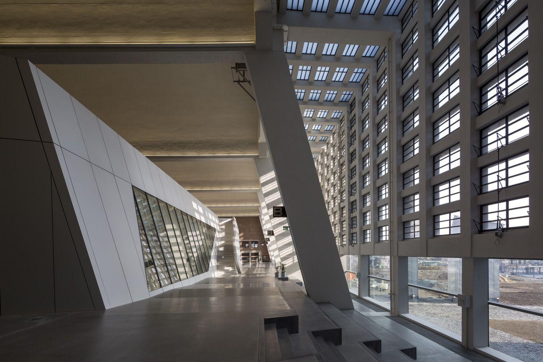 画廊 成为法兰克福新地标的欧洲中央银行 / 蓝天组 - 9