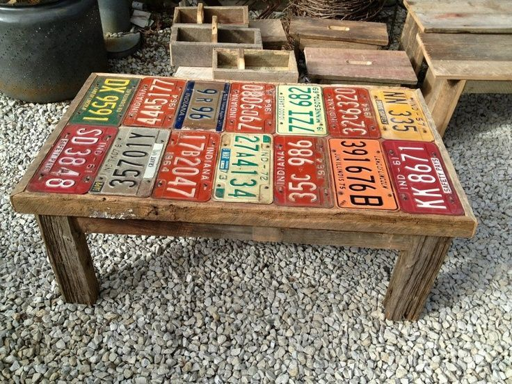 Projects with recycled license plates recycling barn for Coffee table craft ideas
