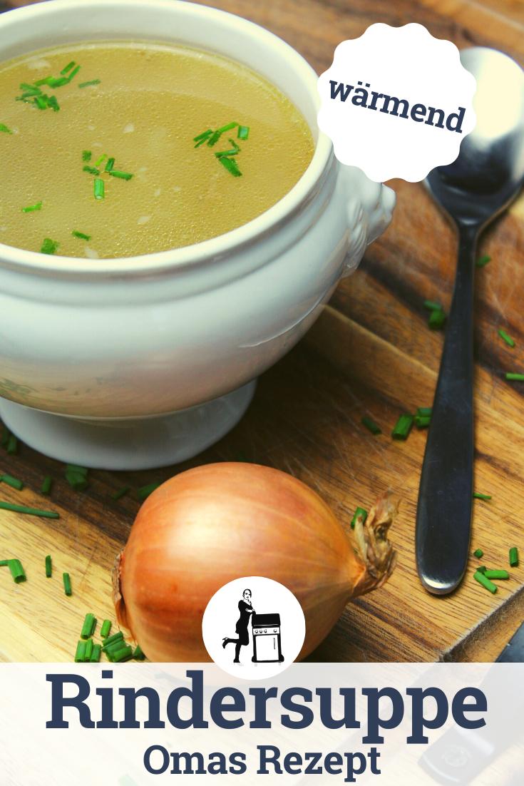 Einfaches, schnelles und leckeres Grundrezept für eine klare Suppe. Diese Suppe ist nun bereit für Einlagen wie: Nudeln, Leberknödel, Spätzle, Nockerl und vieles mehr...perfekt kraftgebend und wärmend in der kalten Jahreszeit!  #suppe #rindersuppe #brühe #soup #stew #dutchoven #castiron #fleisch #meat #meatlover #rezept #kochen #foodporn #recipe #food #foodie #essen #rezepte #grillen #bbq #foodpix #foodporn #foodblogger #suppenrezept #fitness