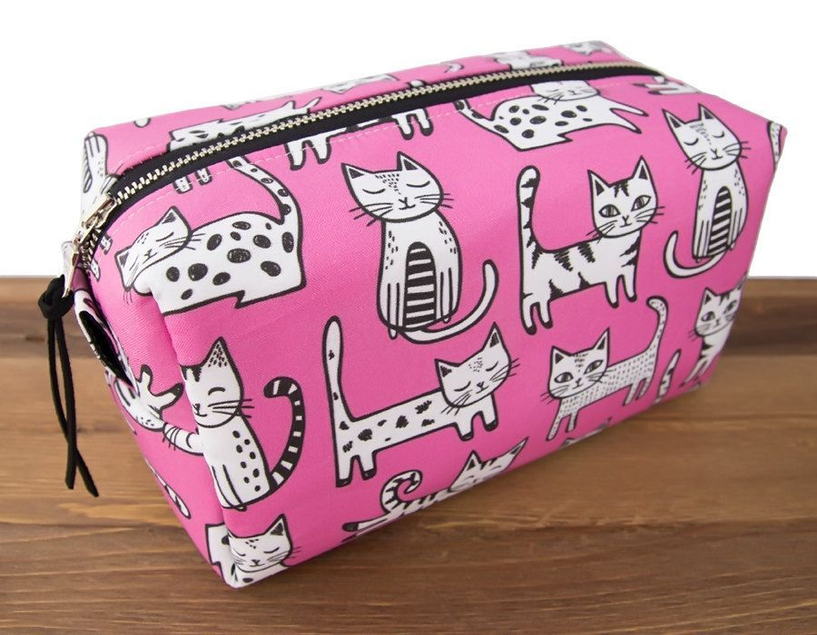 9960943f4d Cat Makeup Bag - Cat Lover Gift - Cat Bag - Crazy Cat Lady - Cat Toiletry  Case - Cat Pouch - Gifts for Teens - Pink Cats This large makeup box ...