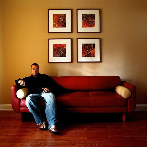 Colors Go With Red Couch