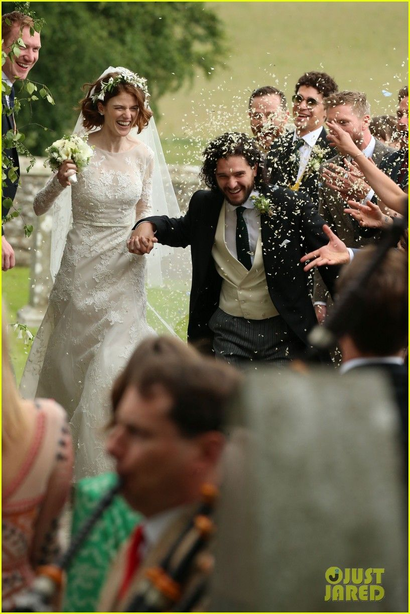 Kit Harington Rose Leslie Are Married See Wedding Photos