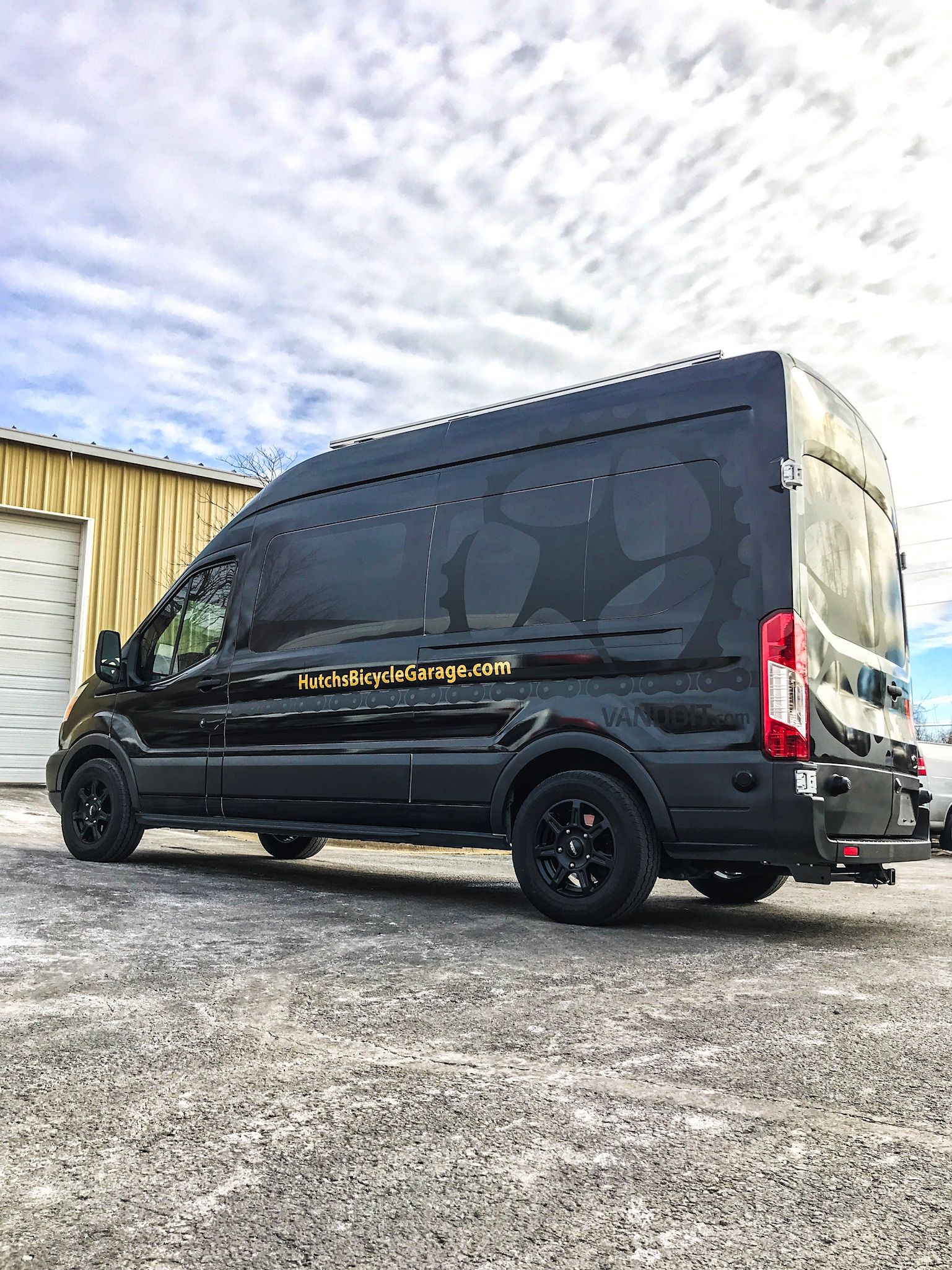 Vandoit Does Customgraphics To Set Your Van Apart Graphics Decals Vandecals Vangraphics Vanlife