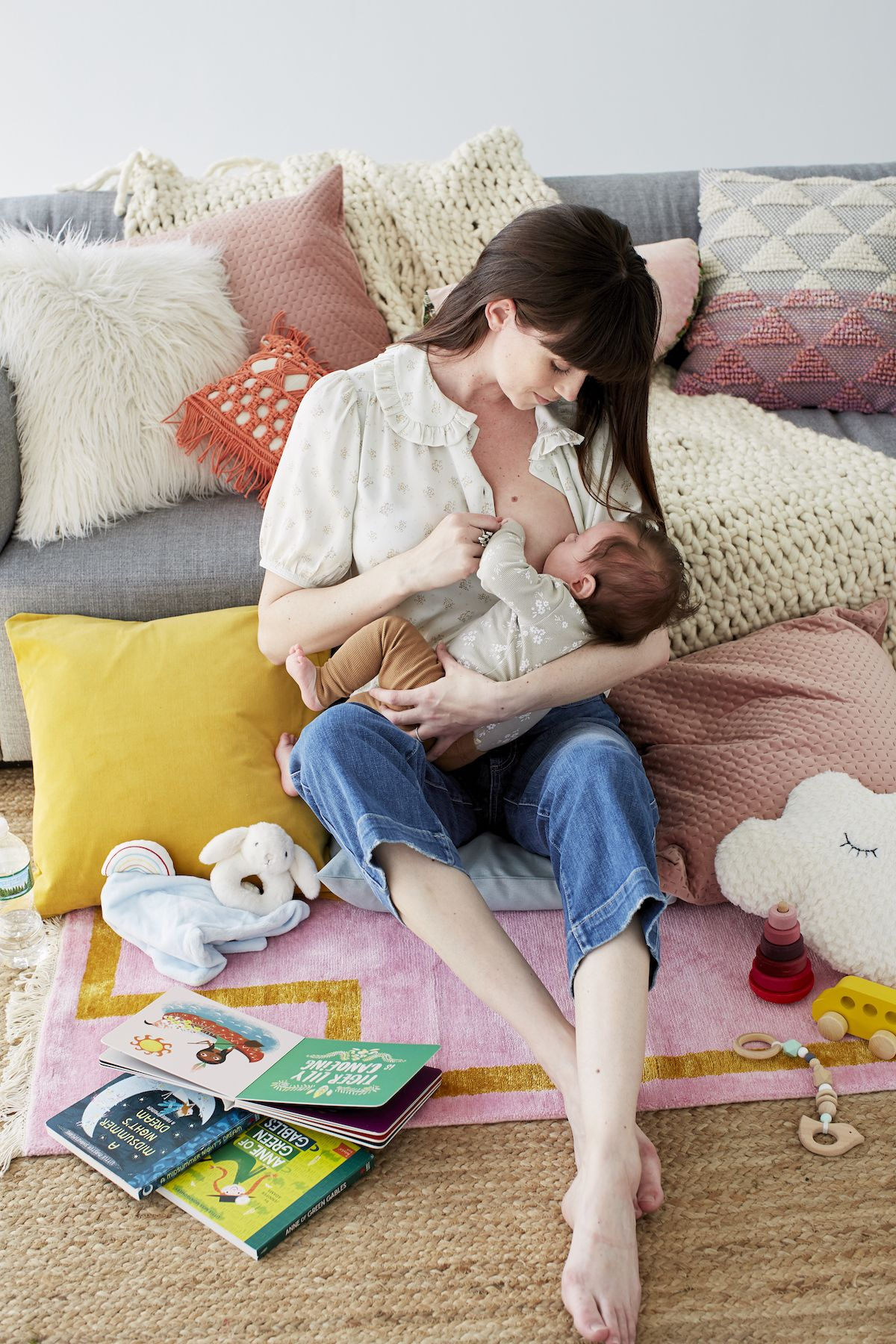 Ditch the Cover: A Dads Feelings on Public Breastfeeding