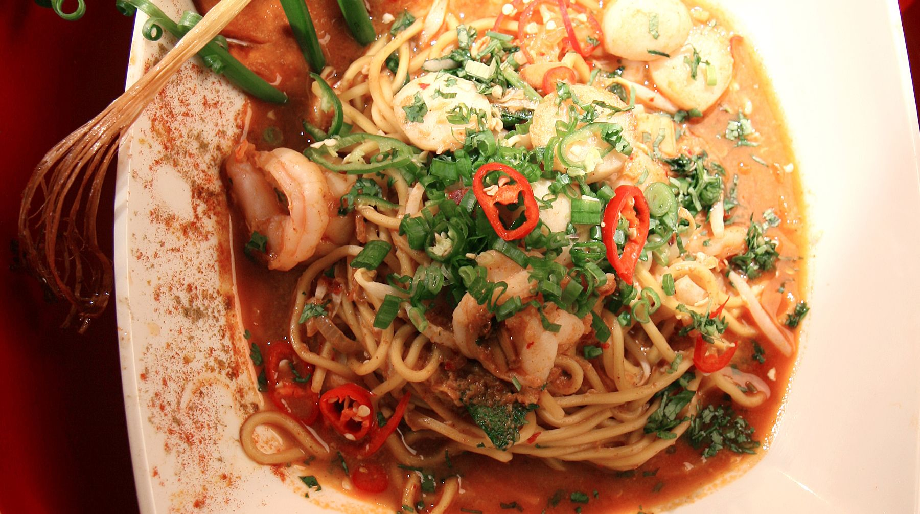Get this quick and easy noodle dish recipe by chef wan from best wan get this quick and easy noodle dish recipe by chef wan from best wan forumfinder Choice Image
