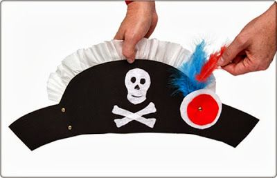 Diy Pirate Hat Paper Halloween Crafts For Kids Costume Also Has A Top Made Of Playing Cards That The Teens Might Want To Do