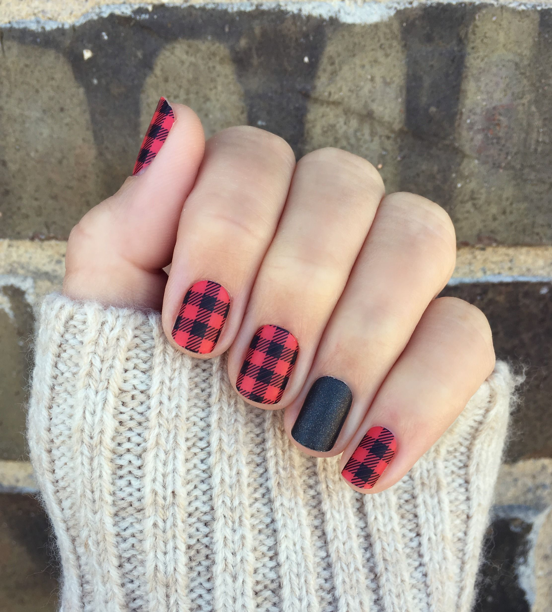 Nail Art Tutorial All I Want For Christmas Is Plaid: Friday Flannel & Tungsten Sparkle With Trushine Matte