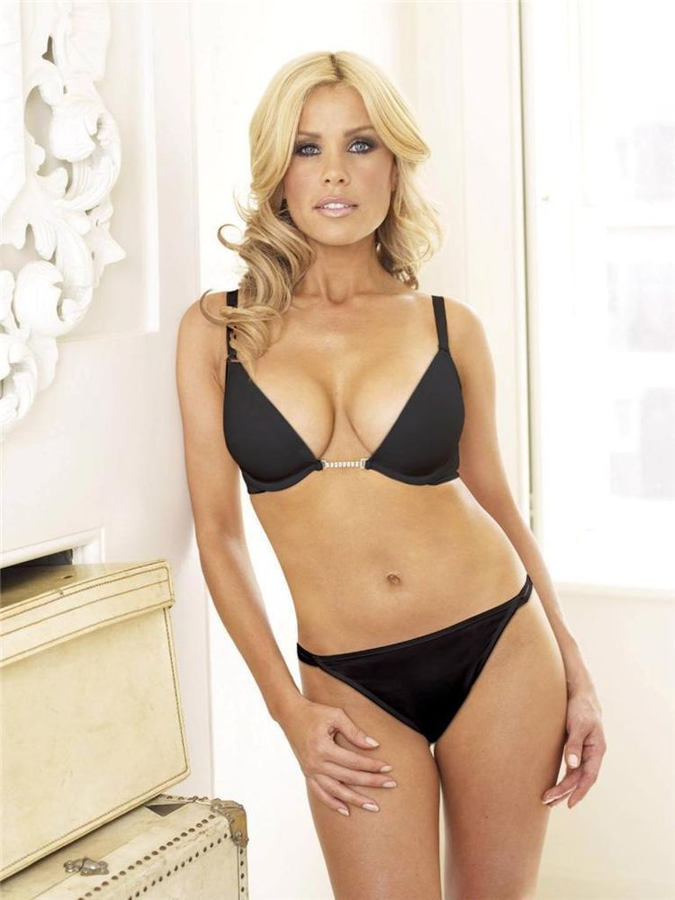 Ass Hot Melinda Messenger  naked (55 images), Twitter, cleavage