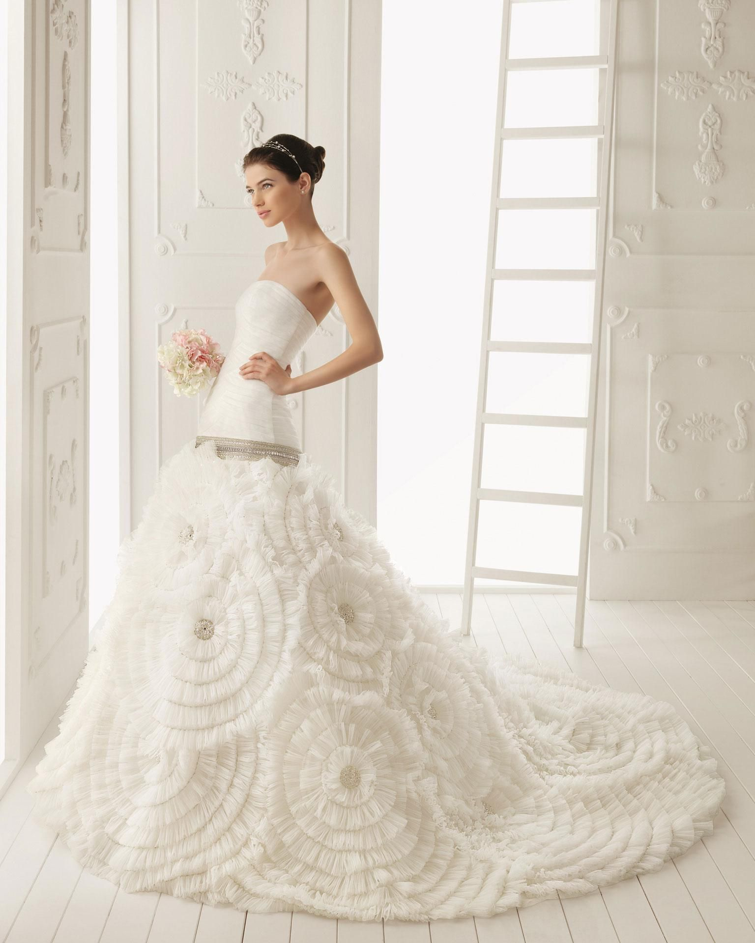 your inspirations for white wedding dress designs