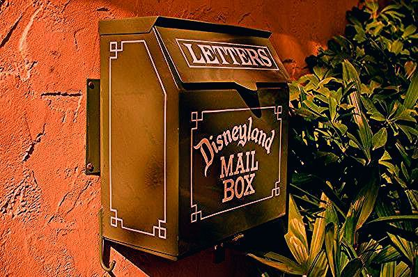 Photo of Disneyland Secrets & Hidden Details – Disney Tourist Blog