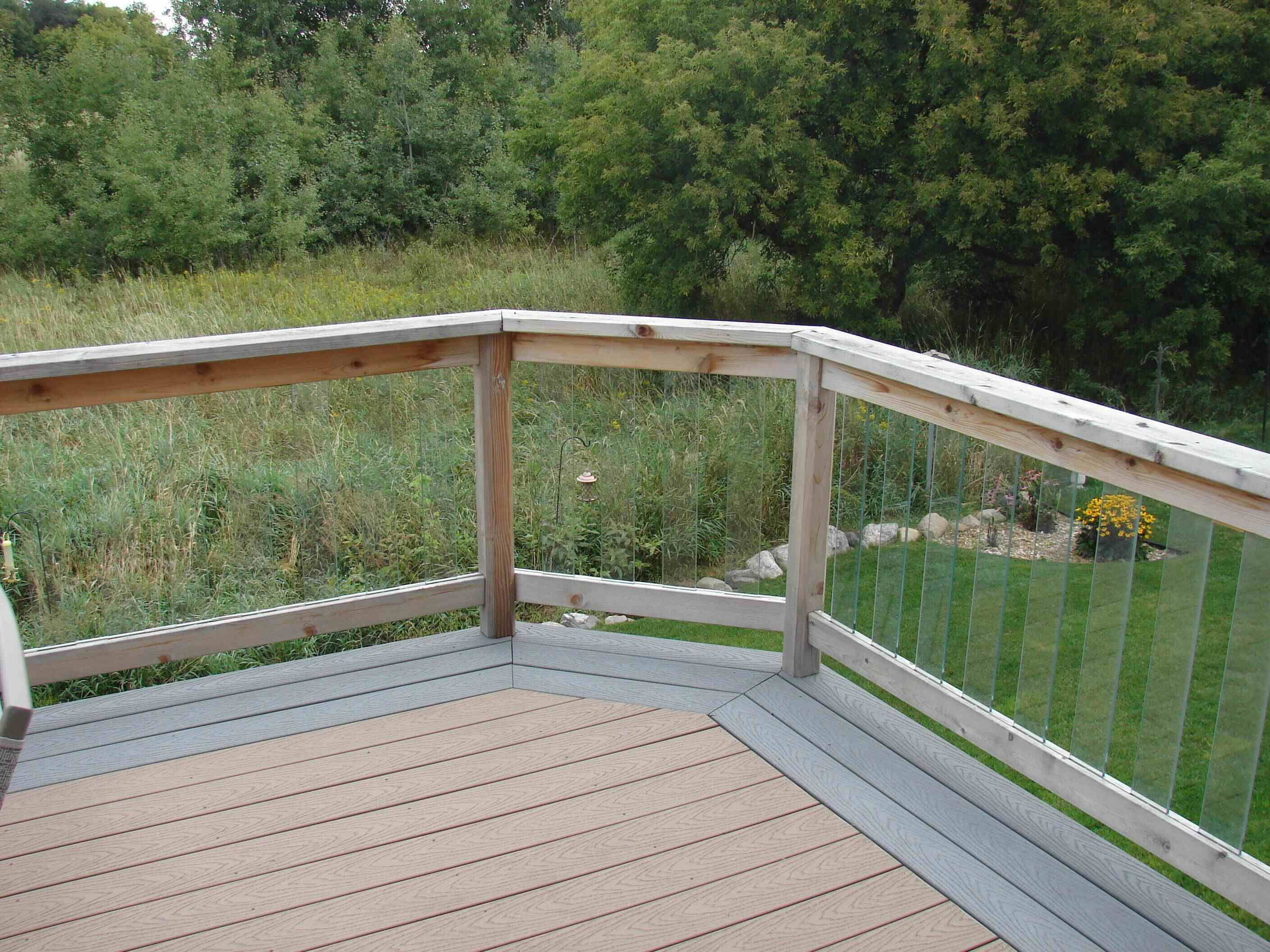 Two tone composite deck railing see 100s of deck railing for Composite deck railing
