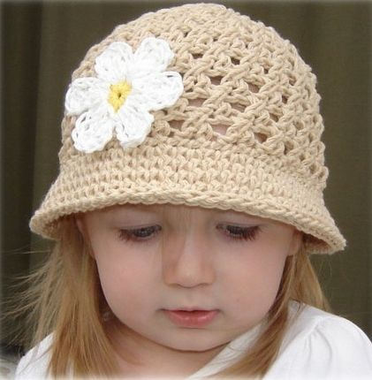 Pale cream crochet hat with brim and white flower for girls