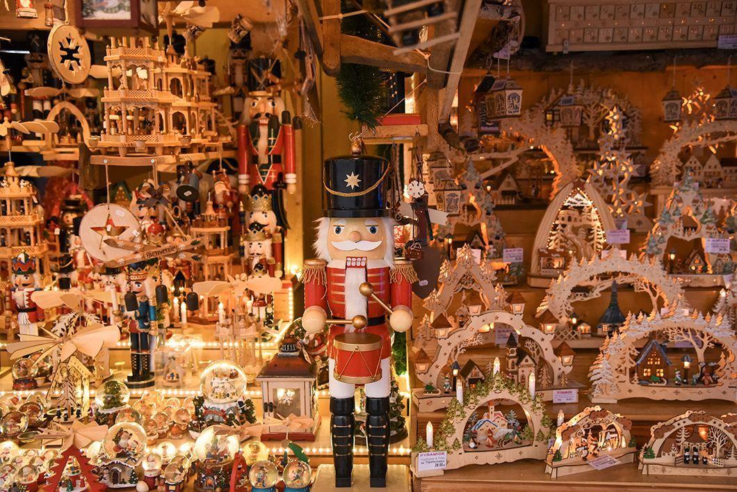 Place Broglie - marché de Noël de Strasbourg #marchédenoel Place Broglie - marché de Noël de Strasbourg #marchédenoel