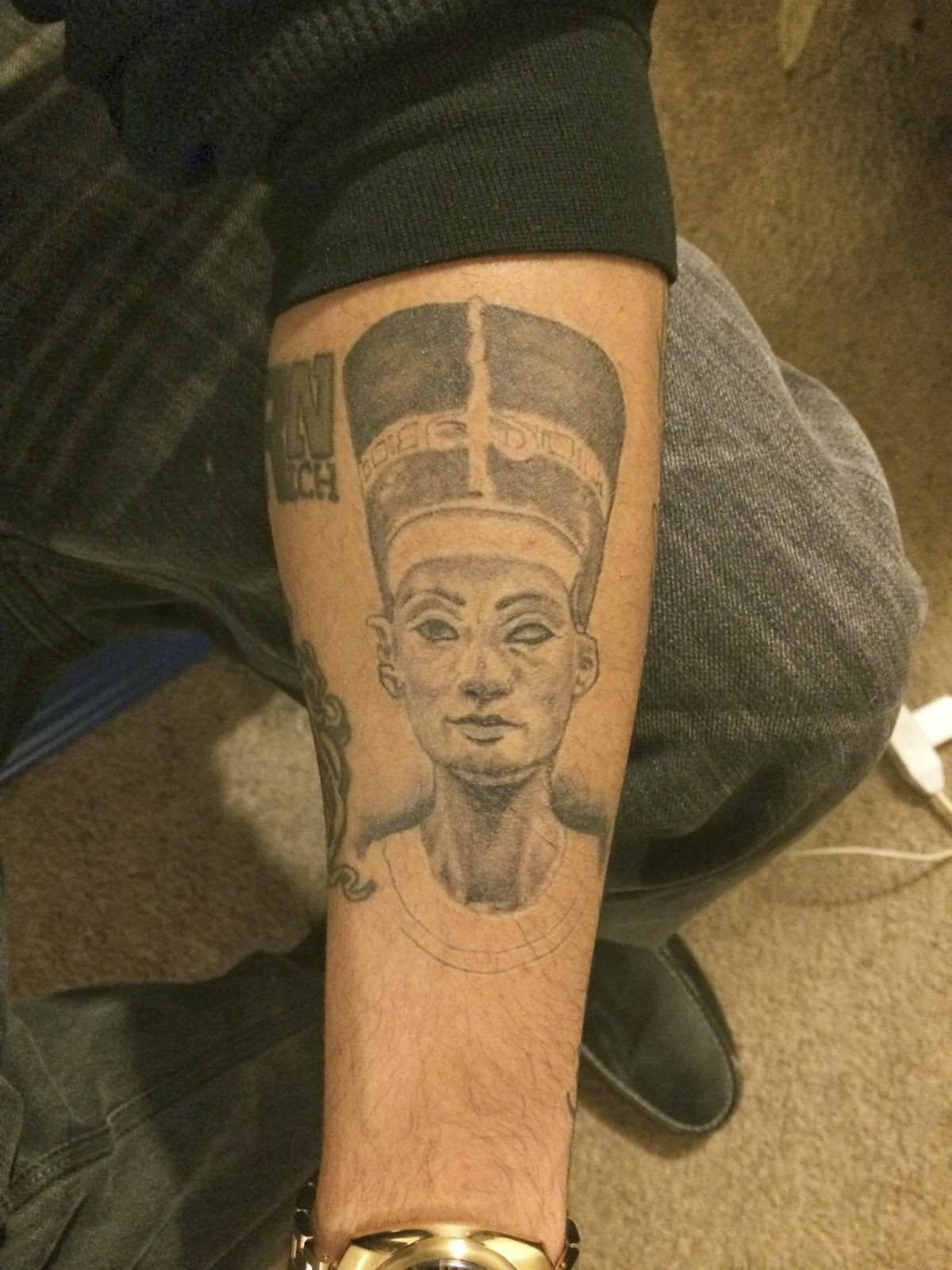 390dac64147df Grey Ink African Queen Tattoo Design For Forearm | Black African ...
