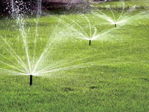 6 High Tech Sprinklers To Keep Your Lawn Green Best Lawn Sprinkler Water Sprinkler Lawn Sprinkler System