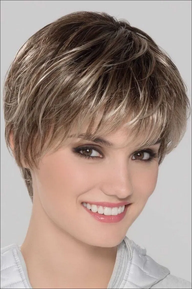 25 Best New Pixie Haircuts For Women This Year Color De Pelo Platinado Cabello Risado Corto Estilo De Pelo Corto