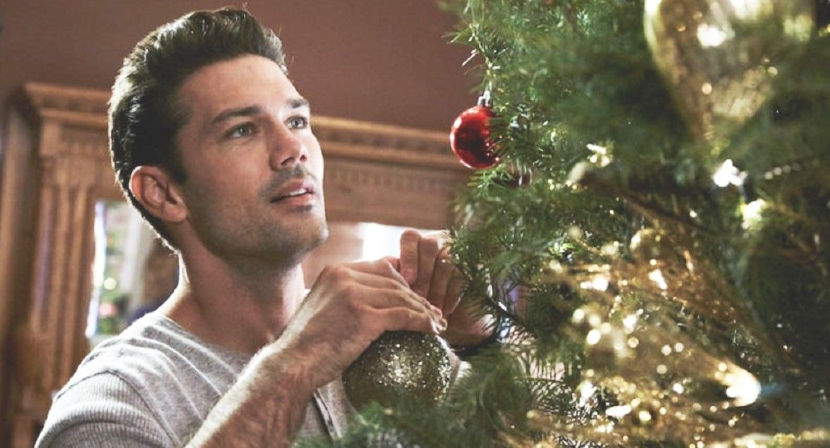 Christmas at the Plaza (2019) Ryan paevey, Christmas