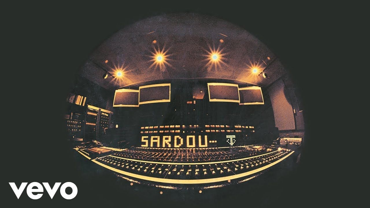 Michel Sardou Dix Ans Plus Tôt Audio Officiel French Songs Vevo Broadway