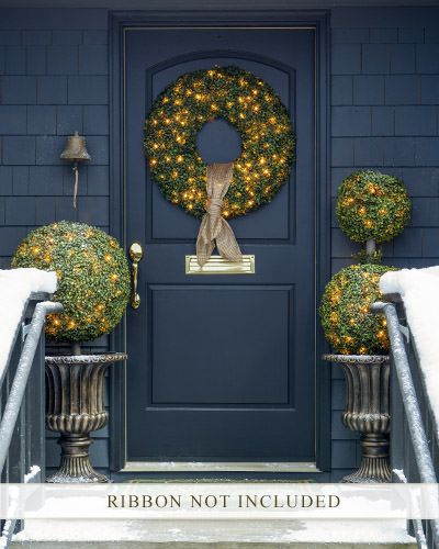 Outdoor LED Boxwood Wreath | Balsam Hill