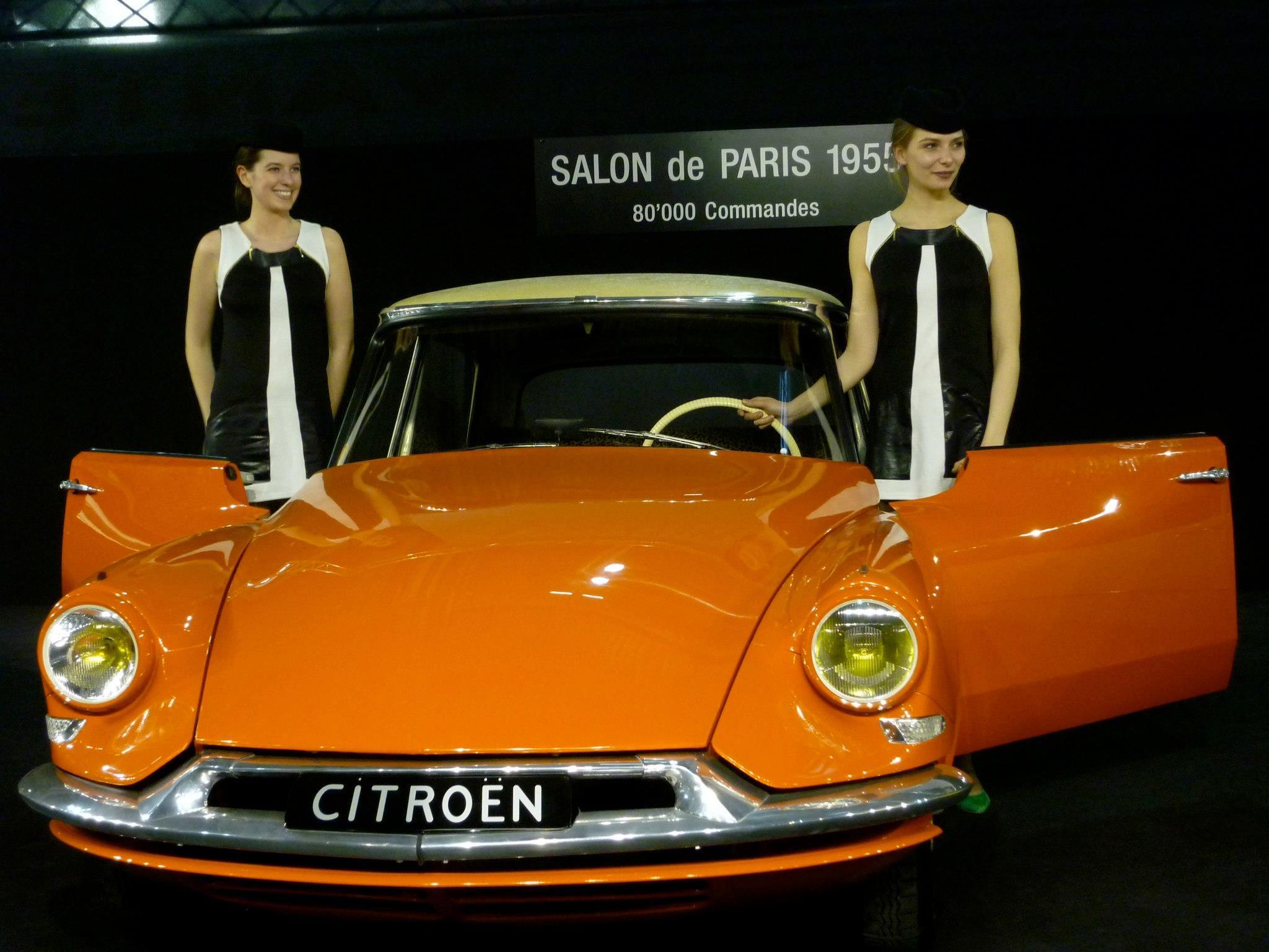 Citro n ds19 1955 mill simes 1956 8 1962 l 39 attraction for Pareti salone