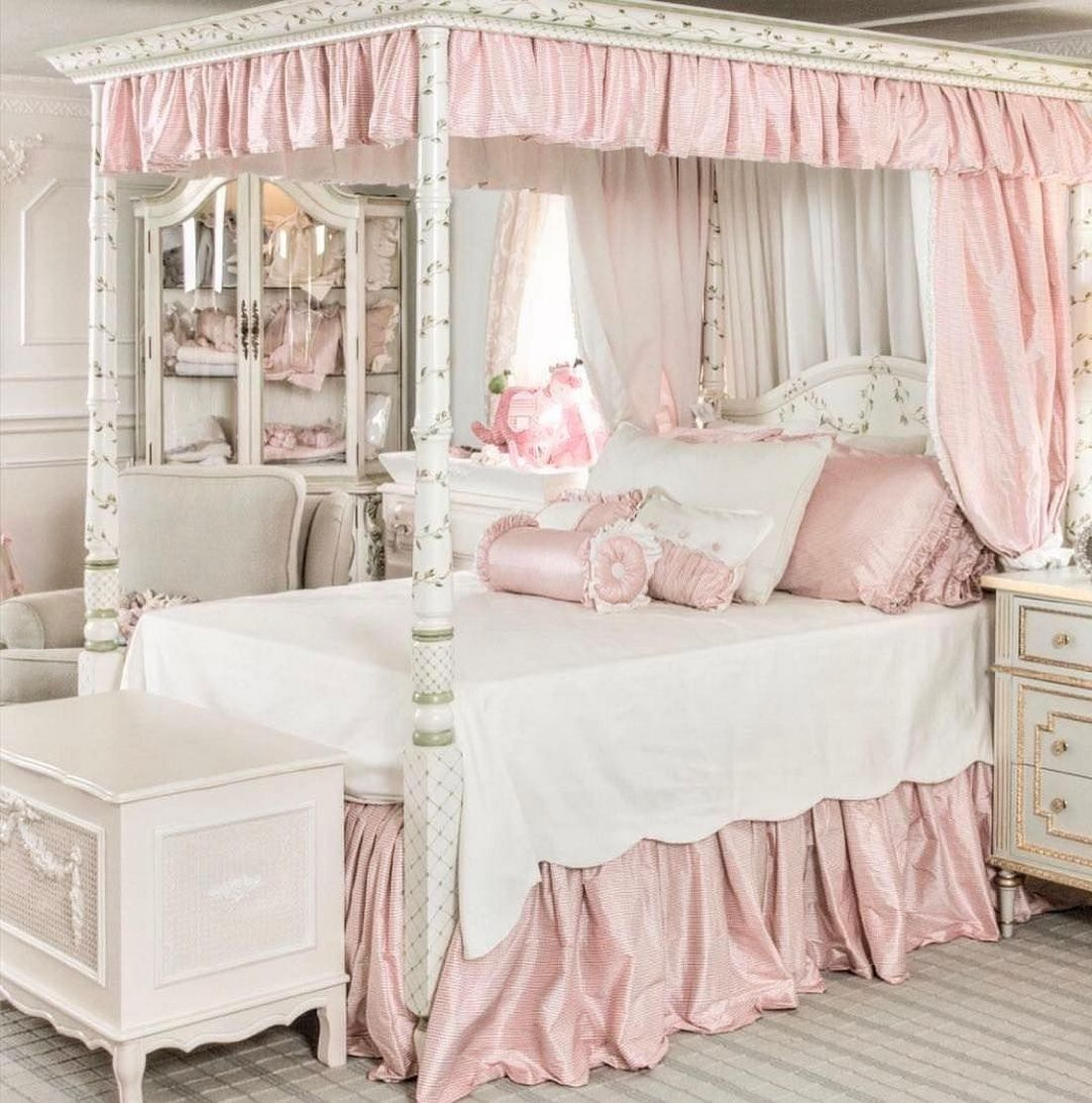 90 How To Completely Change Your Room To Vintage Princess Bed