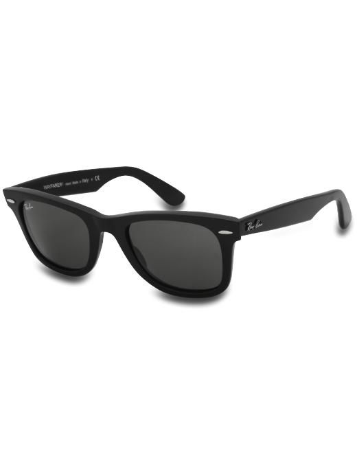 rayban wayfarers  Classic. I d like 1 in every color please ... 1df7fc921c