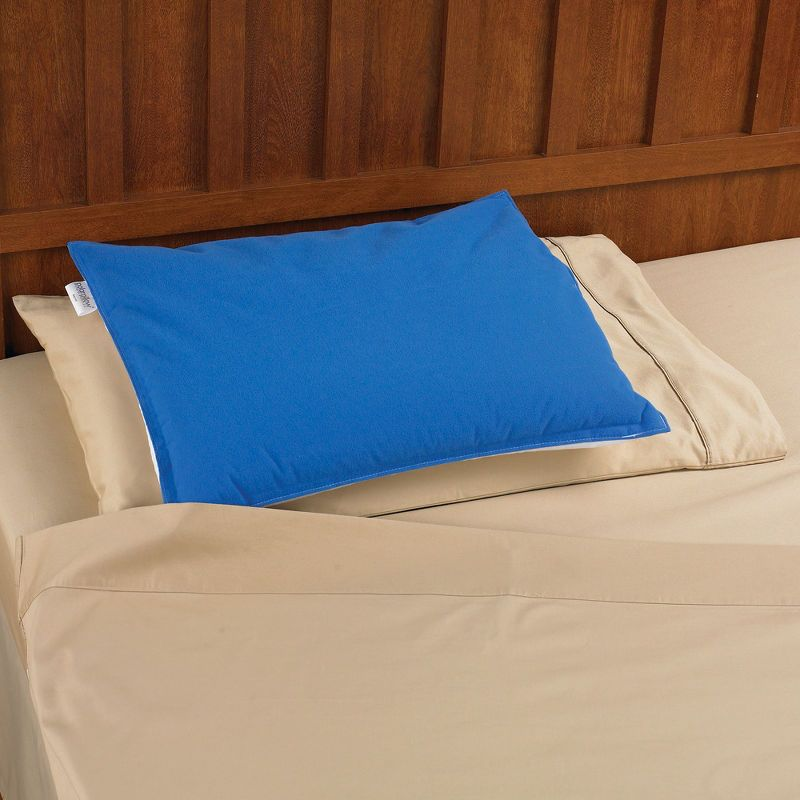 Sleep Assisting Cooling Gel Pillow Okay It Doesnt Look Like Much But I Love The Sound Of It As I Like Coolness On My Face Whil Gel Pillow Pillows Cool Items
