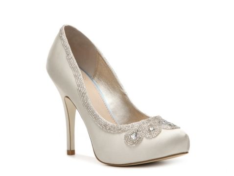 The Glass Slipper Collection | DSW