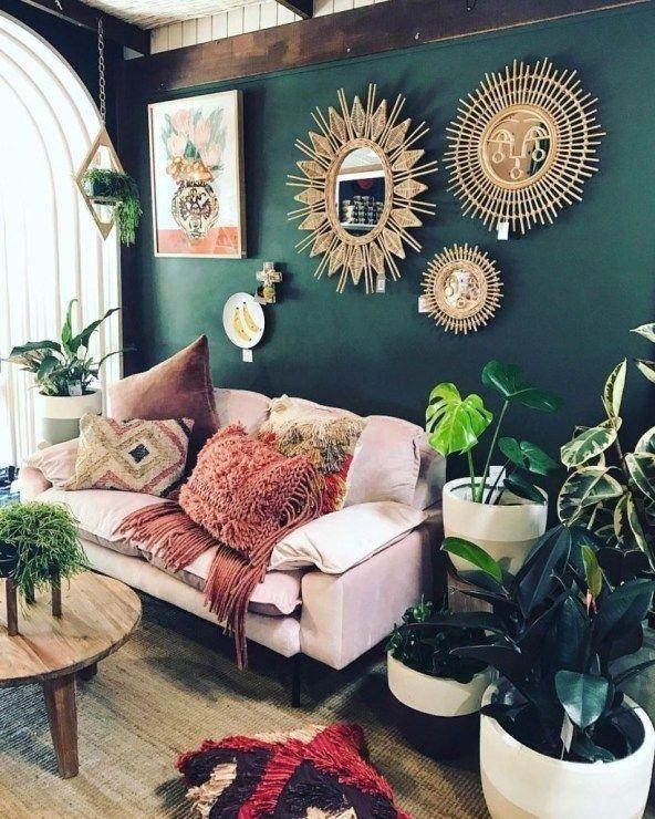 Romantic Bohemian Style Living Room Design Ideas 30 #lanternsdecorlivingroom #bohemianwohnen