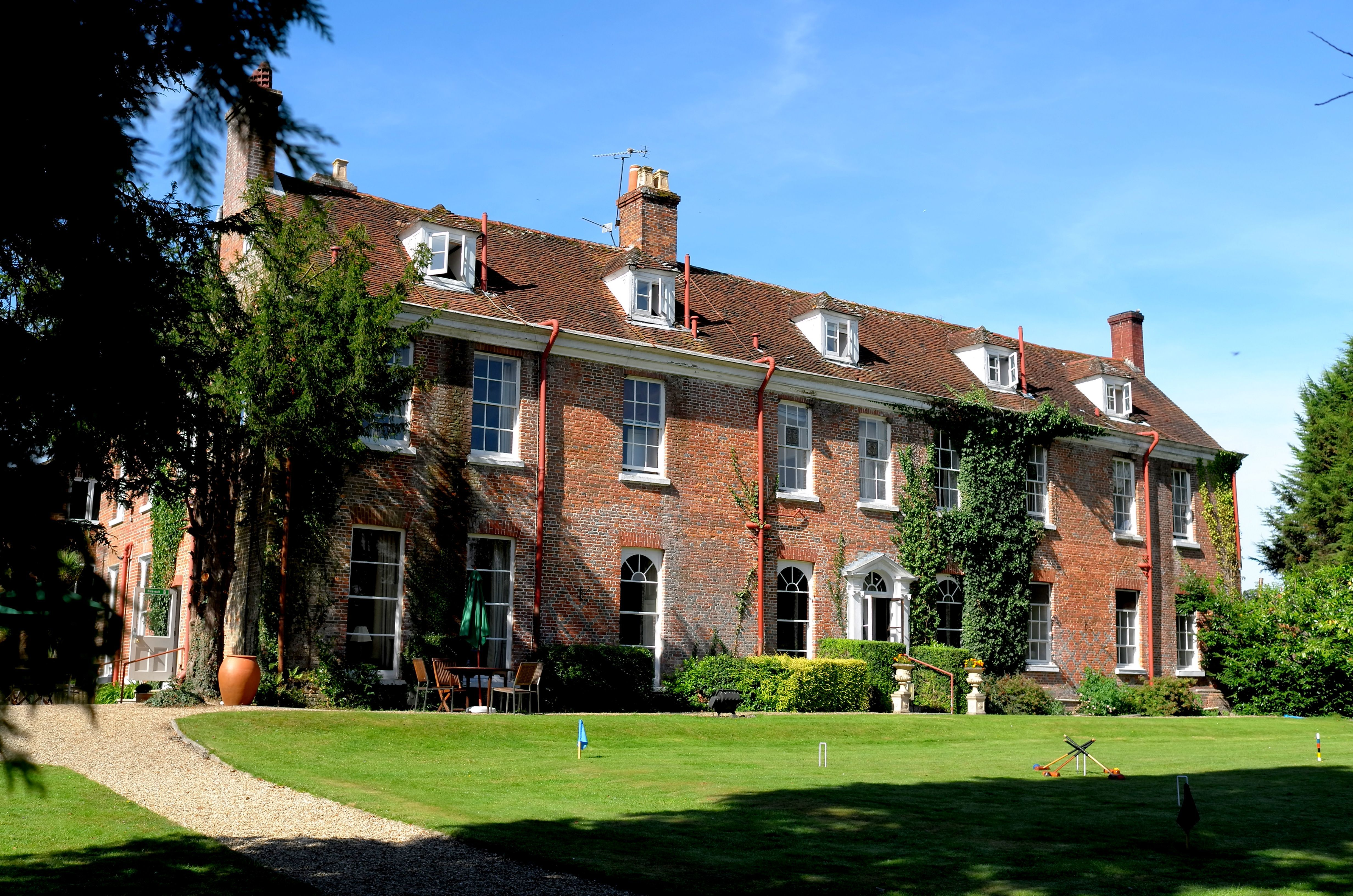 Luxury Family Hotel In The New Forest Park Manor