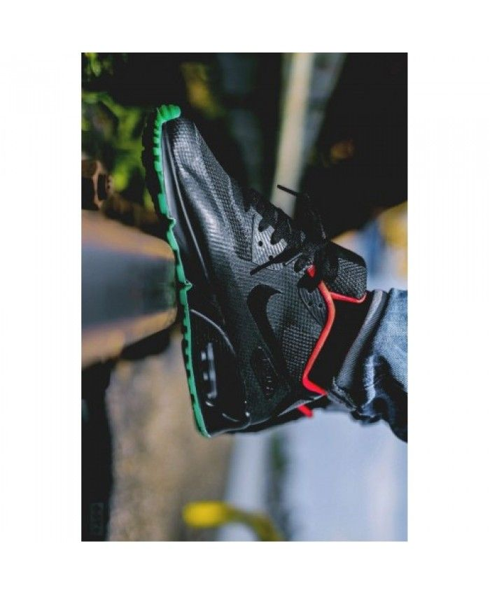 timeless design 9daf1 31b35 Nike air max 90 hyp id yeezy black trainers mix black, red and green, the  color match is just right!