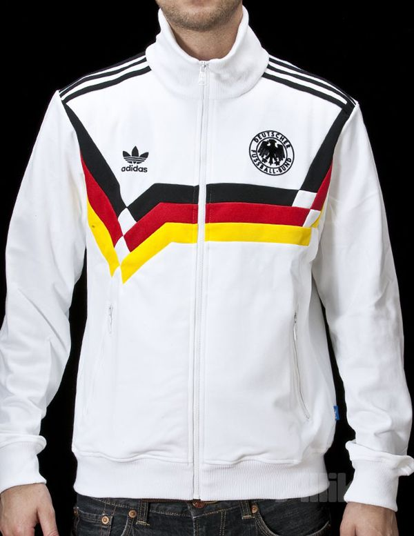 7704f70ee6b Pin by SportsUniforms on Tracksuits | Adidas jacket, Adidas ...