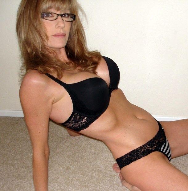 Hot Cougar Sexy Porn