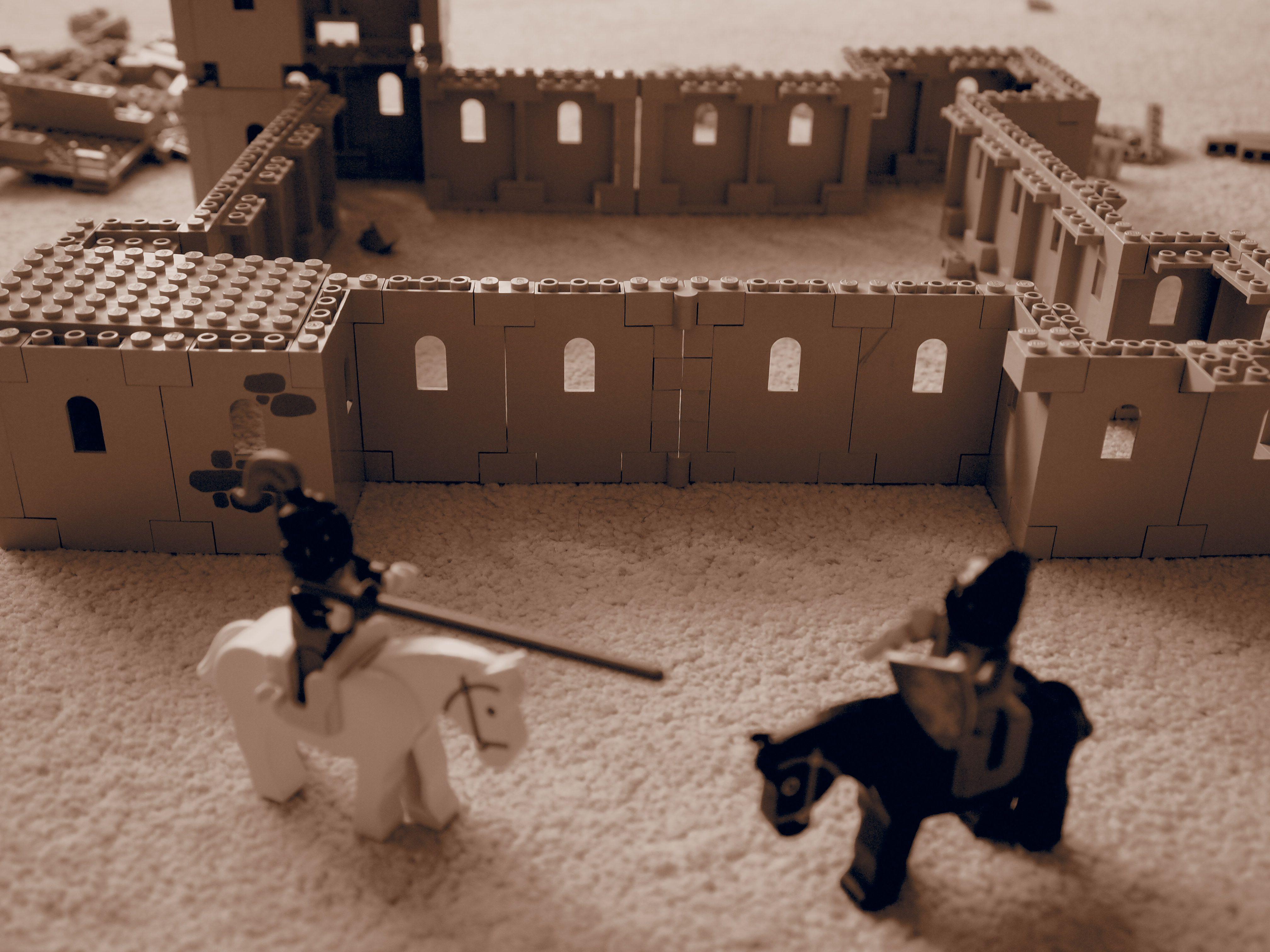 Nachstellen schwieriger Szenen mit Hilfe von Legomännchen ;-)
