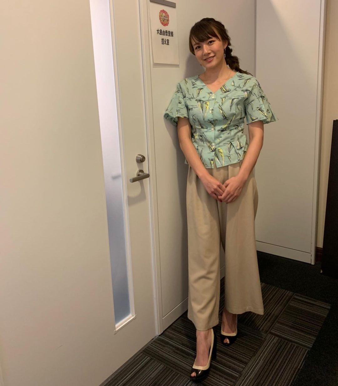 大島由香里 on instagram 本日の衣装です バラいろダンディ 大島由香里 由香里 本日
