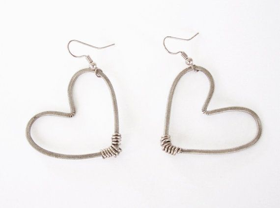 recycled bass guitar string hammered heart by strungupjewelry style guitar string. Black Bedroom Furniture Sets. Home Design Ideas
