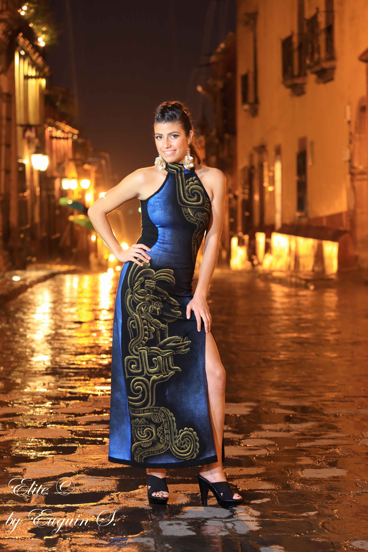 ef21432792 Professional Photographer at San Miguel de Allende. Fashion photoshoot with  Sindashi